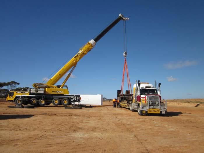 Crane Hire Services Bendigo - Big Hill Cranes